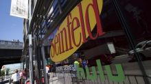 """Viacom buys exclusive cable rights to """"Seinfeld"""" from Sony"""