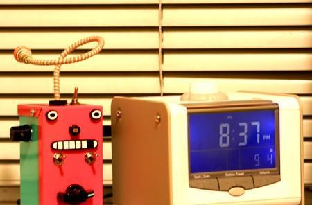 Video: Thingamagoop alarm clock mod haunts your dreams, wakes you to its nightmare