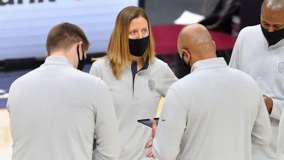 USC hires Cavaliers assistant Lindsay Gottlieb