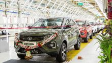 Tata Nexon SUV Crosses 2 Lakh Sales in India, Last 50,000 Units Achieved in Less Than 6 Months