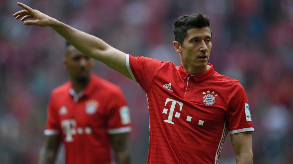Touché à l'épaule, Lewandowski sera sur pied pour Bayern-Real
