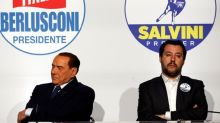 """Matteo Salvini a Silvio Berlusconi: """"Chi va con Pd non va con la Lega"""""""