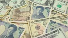 Dollar Hits Three-Year Low Against Japanese Yen