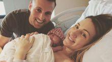 Médica entra em trabalho de parto enquanto trazia ao mundo o bebê de uma paciente