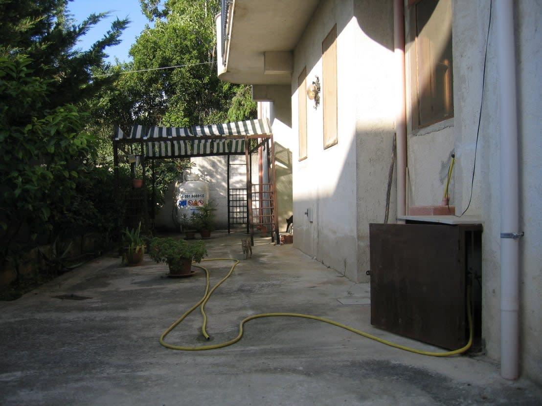 La transformation radicale d 39 une vieille maison for Exterieur vieille maison