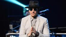 Celebrities React to Chester Bennington's Suicide as Bandmate Confirms: 'Shocked and Heartbroken'