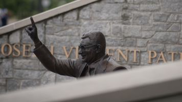 Paterno family finally settles with Penn State