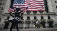 Wall Street termina en ligero alza a pesar de indicadores dispares