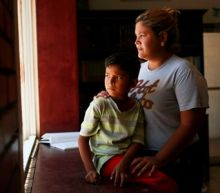 Thousands of Central American migrants take free rides home courtesy of U.S. government