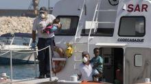 España acogerá a 50 de los 450 inmigrantes que están en aguas de Sicilia