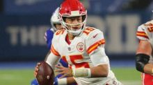 Patrick Mahomes tops 90 passing TDs in 37 games, fastest in NFL history