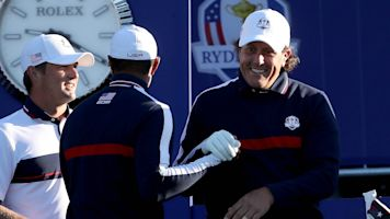 Phil Mickelson, Tiger Woods already have $200K bet on first hole