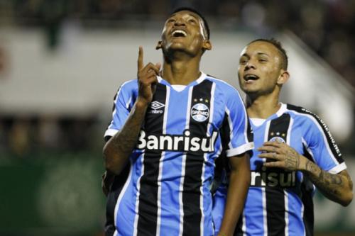Jaílson celebra ascensão de Arthur no Grêmio: 'Não é surpresa'