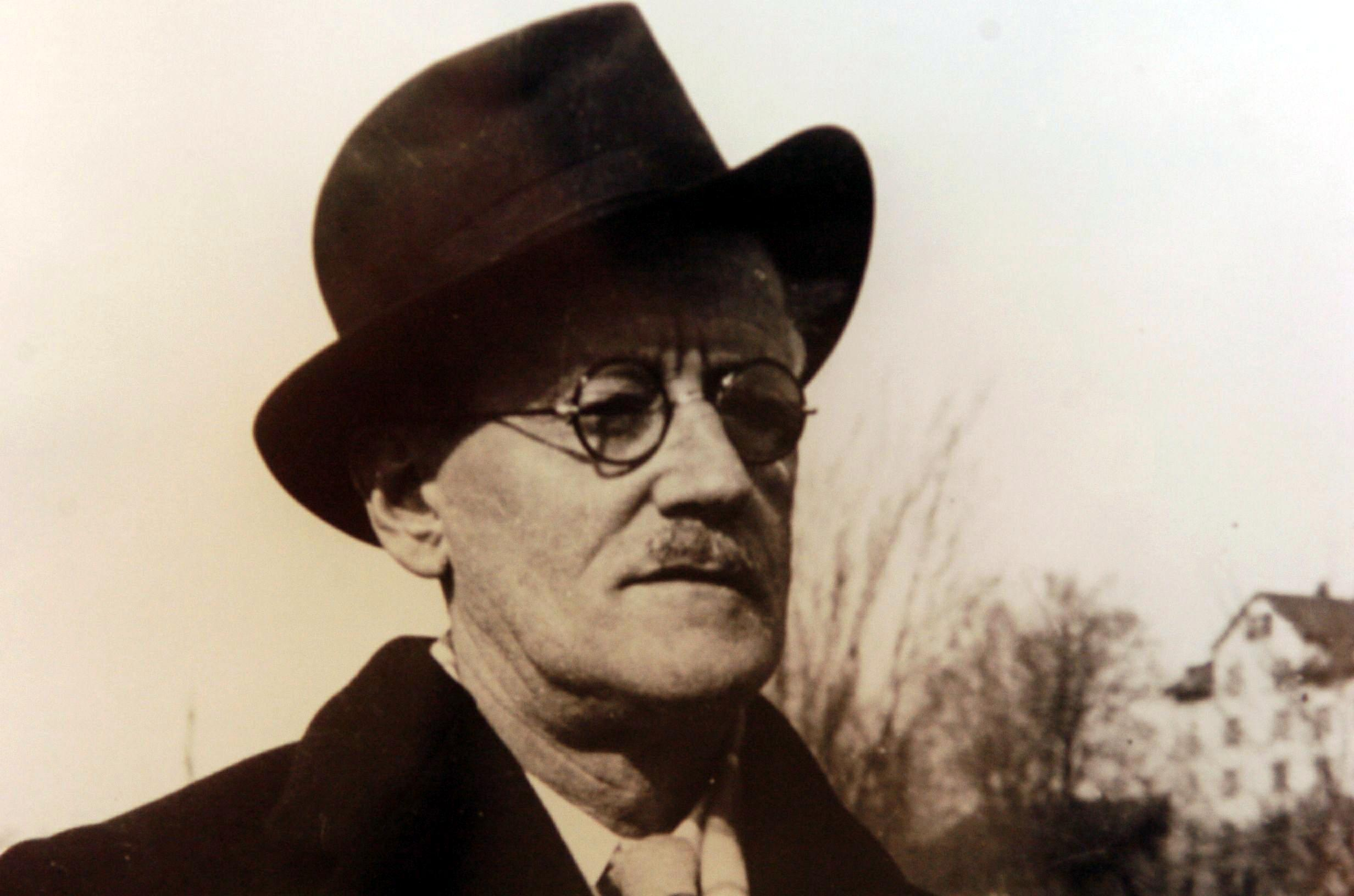 the chronicles of stephen dedalus in james joyces a portrait of the artist as a young man Free essay: james joyce's alter ego in a portrait of the artist as a young man works cited missing in james joyce's a portrait of the artist as a young man.