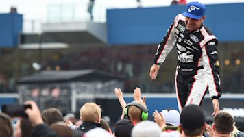 Bowyer frustrated with mishaps in Michigan race