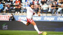 Foot - L1 - Ligue1: Lyon s'impose à Strasbourg avec un grand Memphis Depay