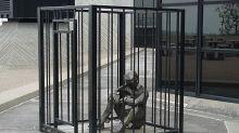 Ftse Mib fuori dalla gabbia