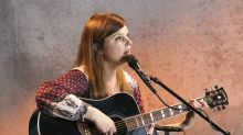 Miranda Lee Richards Soothes the 'Existential Beast' With Lovely Yahoo Music Performance