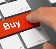 3 Top Growth Stocks to Buy in May