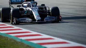 F1 - Essais hivernaux : Mercedes domine la première journée, Lewis Hamilton en tête