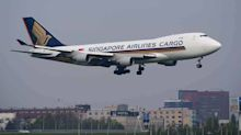 2 Major Risks for Singapore Airlines