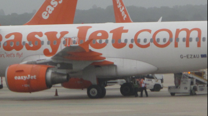 easyJet halves cabin baggage allowance