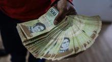 La moneda venezolana se deprecia un 15,16 % frente al dólar en una semana