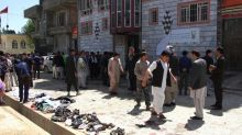 Kaboul : un attentat du groupe Etat islamique tue près de 50 personnes devant un centre d'enregistrement pour les élections
