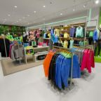 L Brands Posts Decent Comps in October, Updates Earnings View