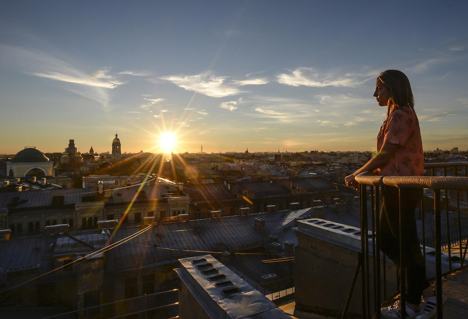 Legal highs: Rooftop tours offer fresh look at Saint Petersburg