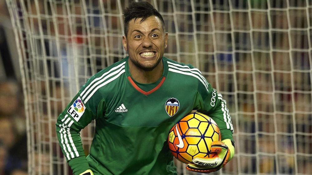 Diego Alves le paró el penalti a Cristiano Ronaldo... ¡y ya van 3!