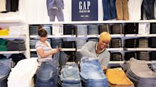 Gap to Reopen 800 Stores