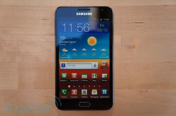 Canada welcomes the Galaxy Note, available on Bell and Telus for $199 today (video)