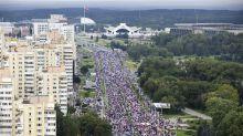100,000 march in Minsk to demand Belarus leader resigns