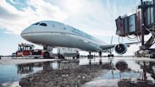 United Airlines gives hometown first look at newest Dreamliner