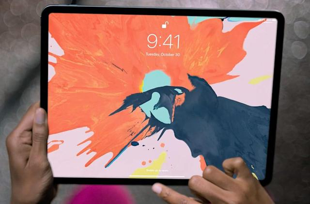 New iPad Pros pack larger displays, thanks to Face ID