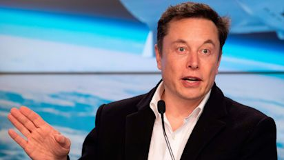 SpaceX launches 60 new internet satellites
