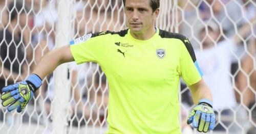 Foot - Transferts - Transferts : Le Sporting s'accroche à Cédric Carrasso