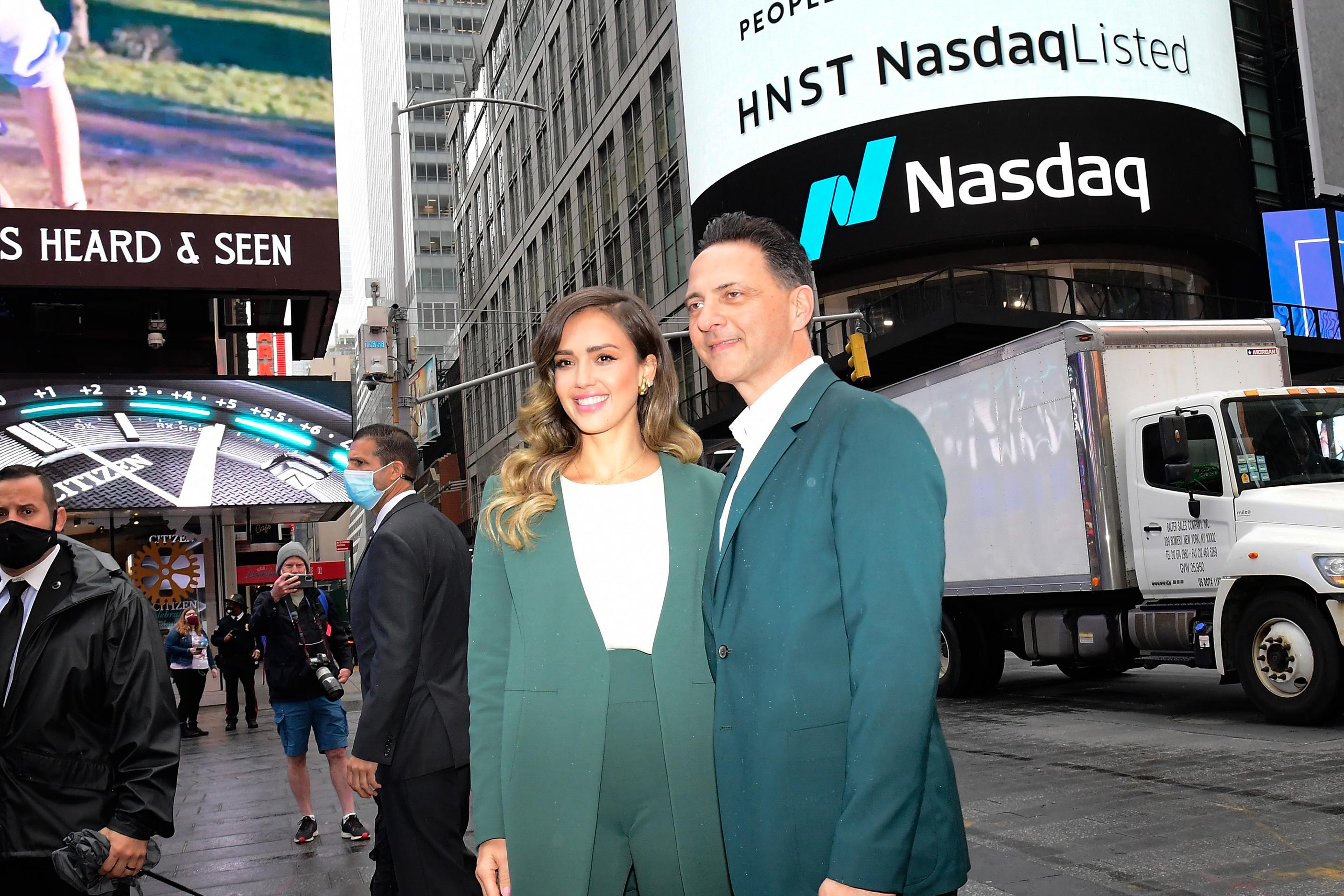 Jessica Alba's net worth skyrockets in Honest Company IPO