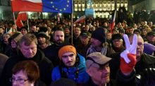 Thousands of Poles protest new court reforms