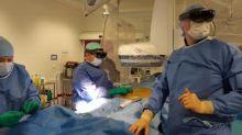 """""""On peut avoir jusqu'à trois images dans le champ de vision"""": à Nîmes, un casque de réalité virtuelle utilisé pour la première fois pendant une opération"""