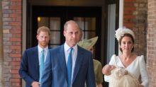 Alle Outfits von Prinz George, Prinzessin Charlotte und Prinz Louis