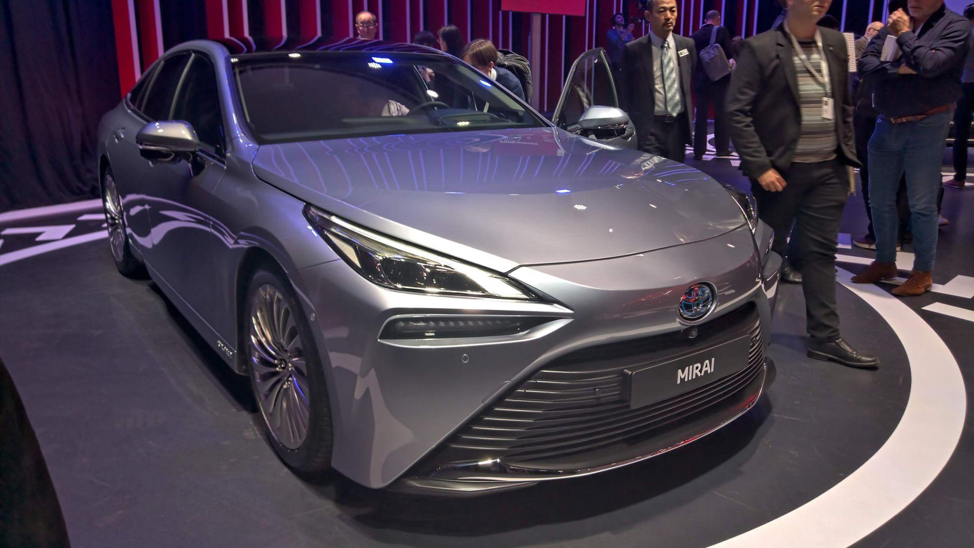2020 toyota mirai revealed - sexy first, fuel cell ev second