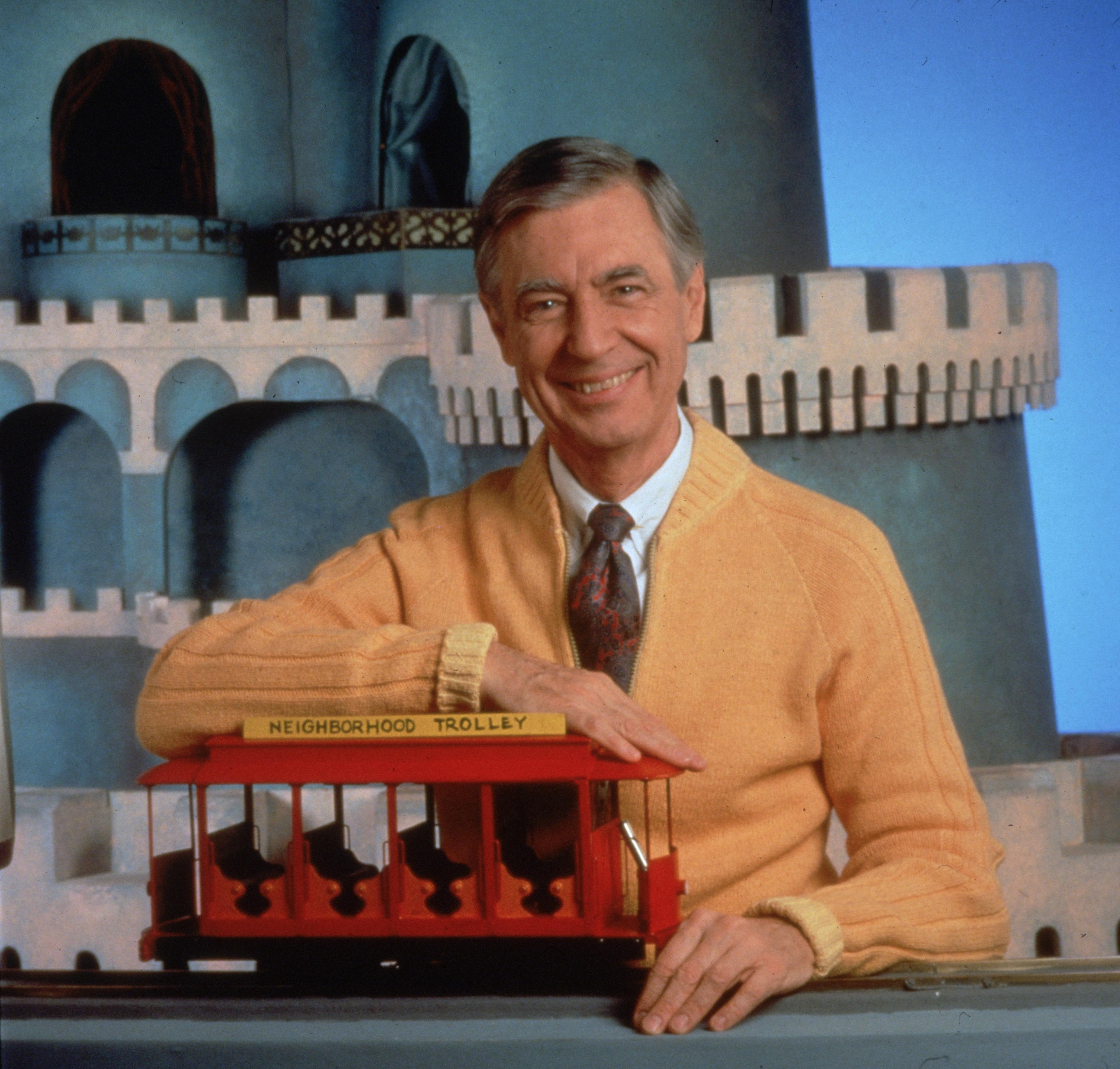 Revisit Your Childhood With A Clip From Mr Rogers Documentary Won T You Be My Neighbor