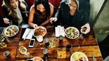 Talking loudly while eating in a restaurant could pass on coronavirus, study warns