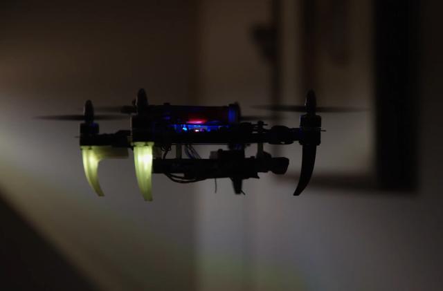 Tu próximo sistema de seguridad podría incluir un enjambre de drones