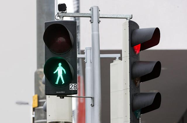 Traffic lights of the future know when you want to cross the street