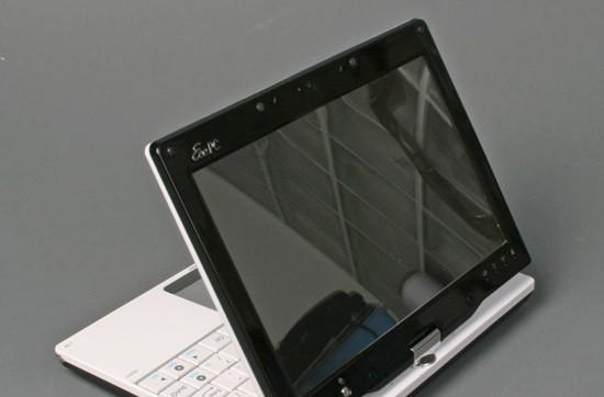 ASUS Eee PC T91 sits down for photo shoot, early critique