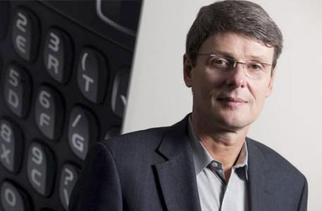 BlackBerry's Thorsten Heins: iPhone is dated, left behind