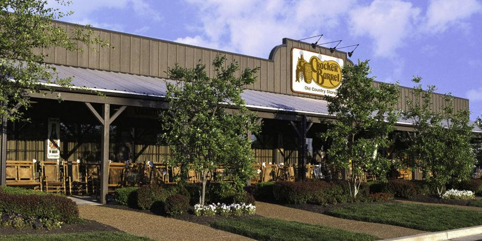 12 restaurants that will be open on christmas day for Is cracker barrel open on christmas day